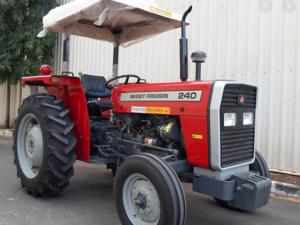 Tratores agrícolas Massey Ferguson recondicionados usados